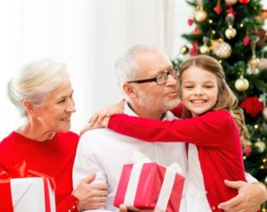 your-guide-to-visiting-elderly-loved-ones-this-holiday-season_379_40101823_0_14121701_728